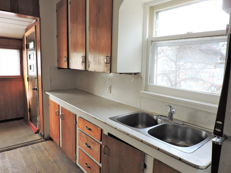 215 N Foster Ave - Kitchen 2 - 2