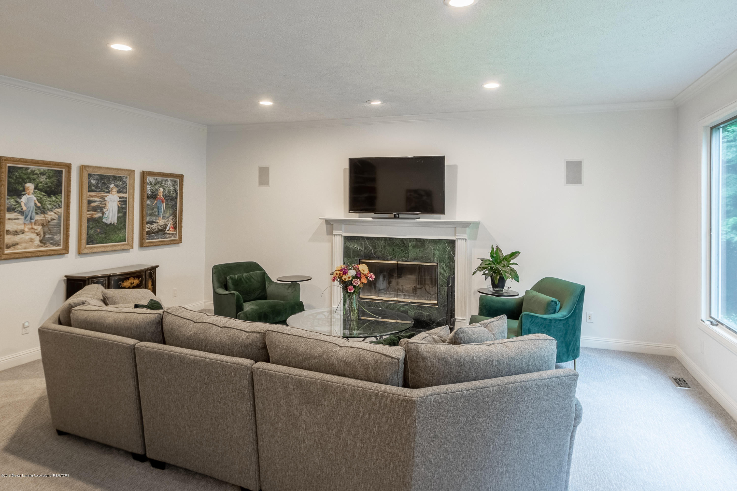 3700 Beech Tree Ln - FAMILY ROOM - 25