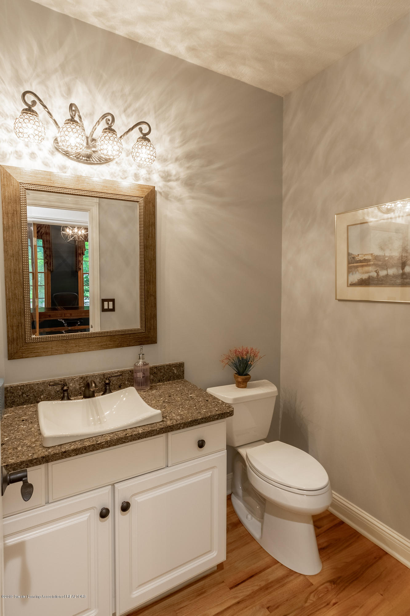 3700 Beech Tree Ln - POWDER ROOM - 27