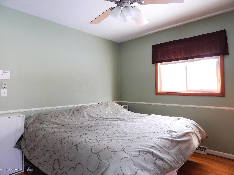 3452 Sharon Way - Master Bedroom - 15