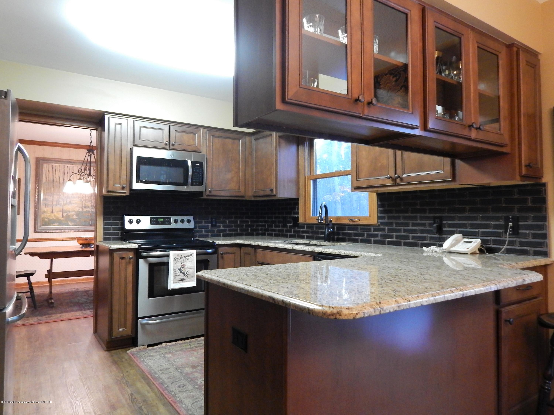 12460 Upton Rd - Kitchen - 10