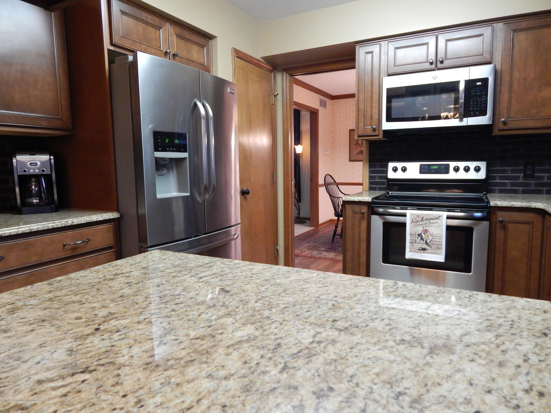 12460 Upton Rd - Kitchen - 9