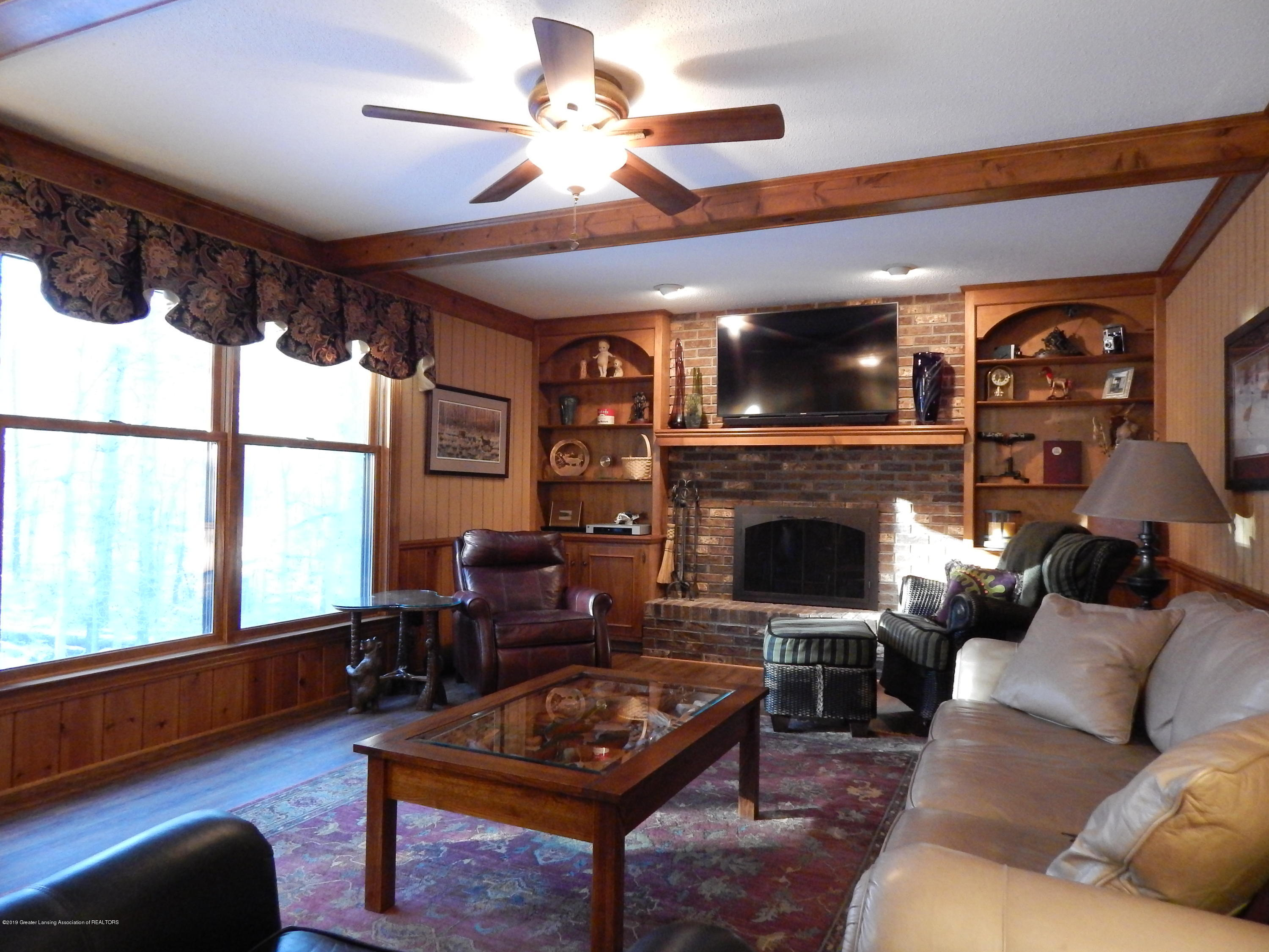 12460 Upton Rd - Living Room - 24