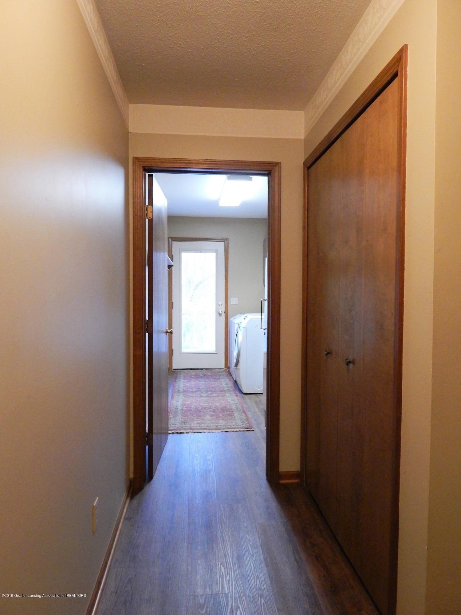 12460 Upton Rd - Mud Room - 27