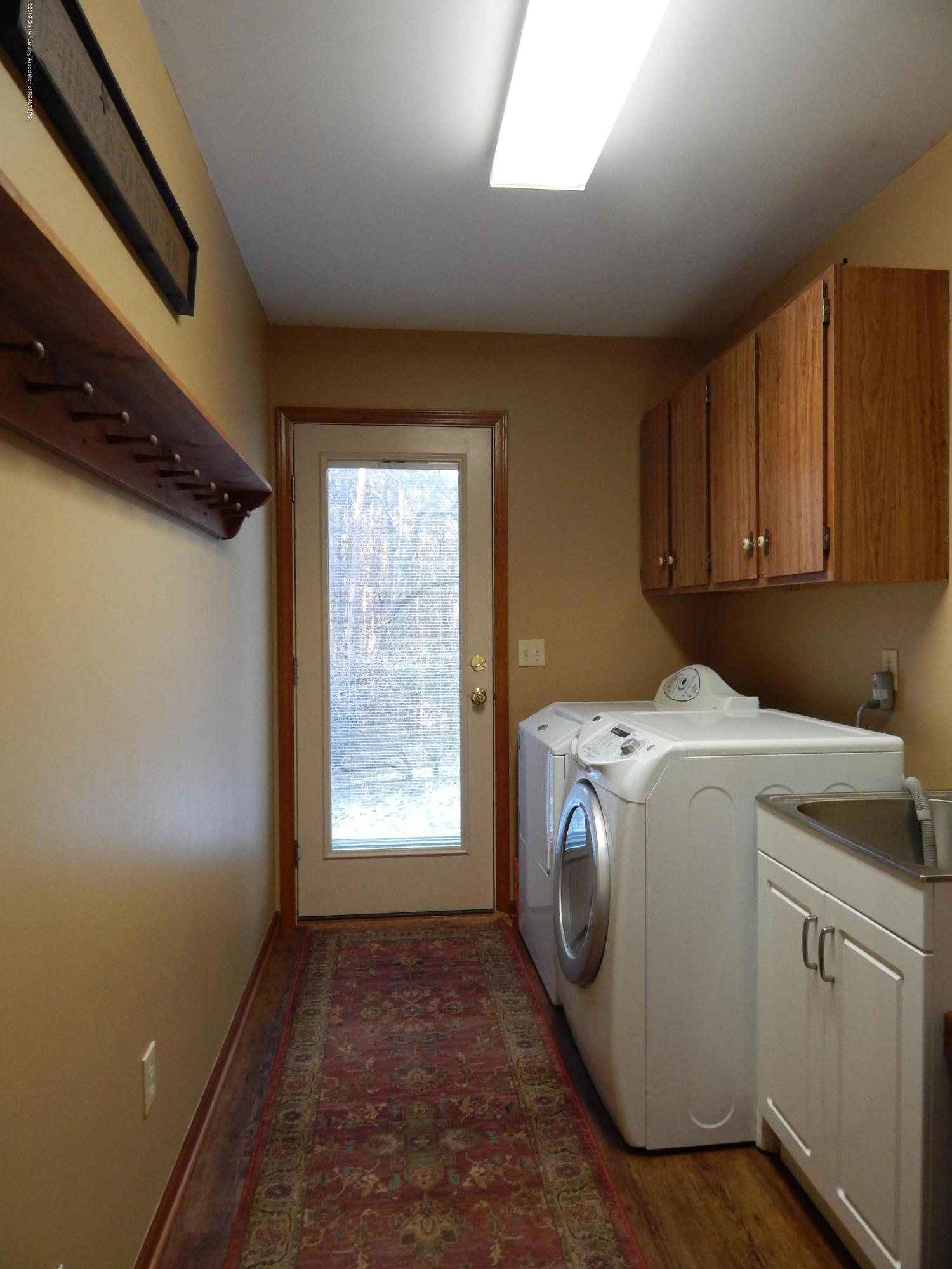 12460 Upton Rd - Laundry - 28