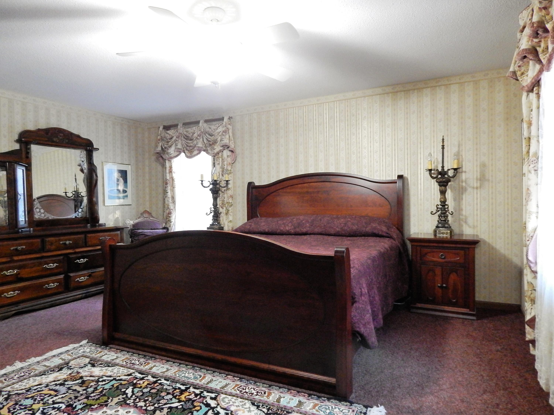 12460 Upton Rd - Master Bedroom - 33
