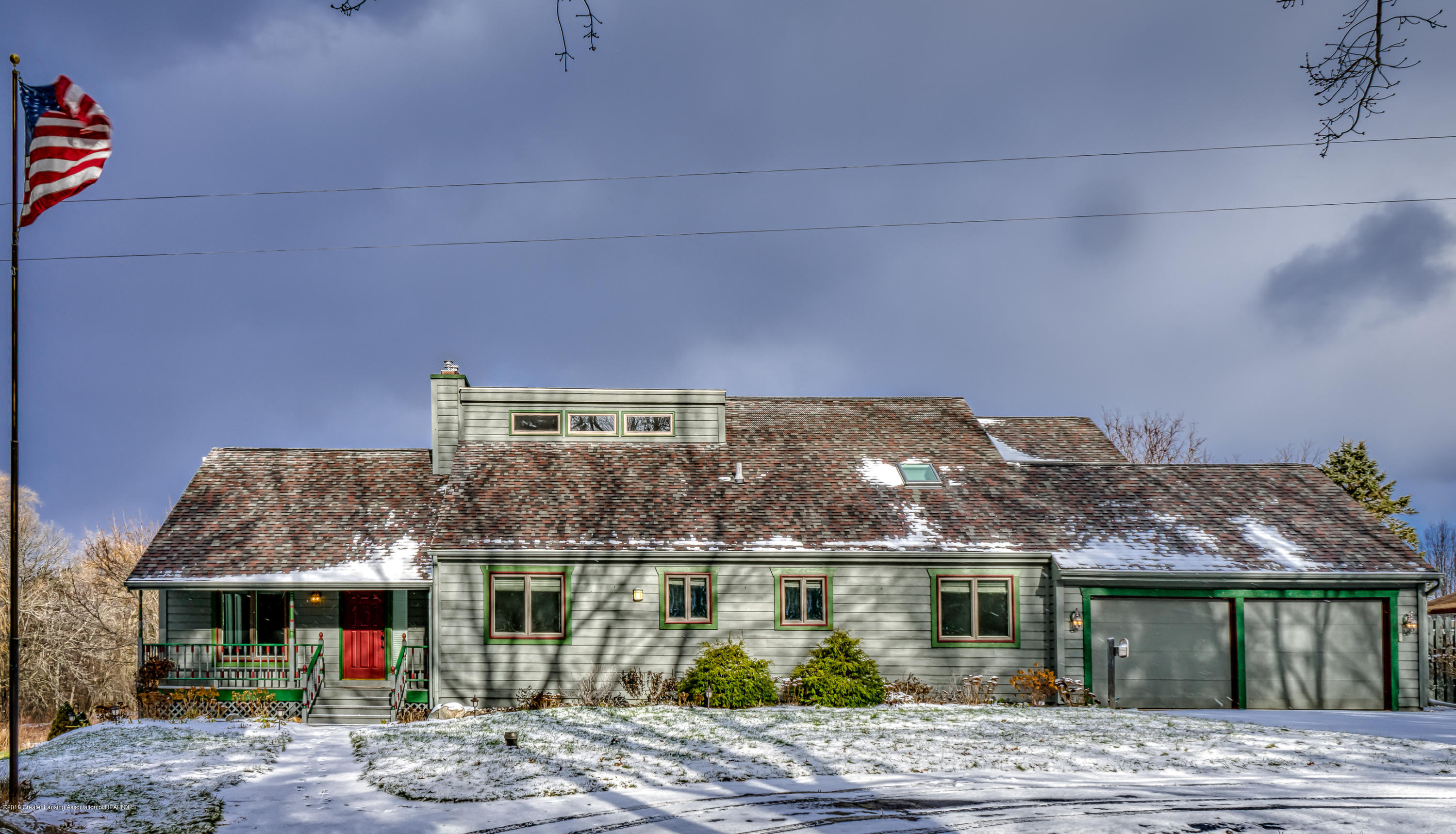363 Barry Rd - Front - 6