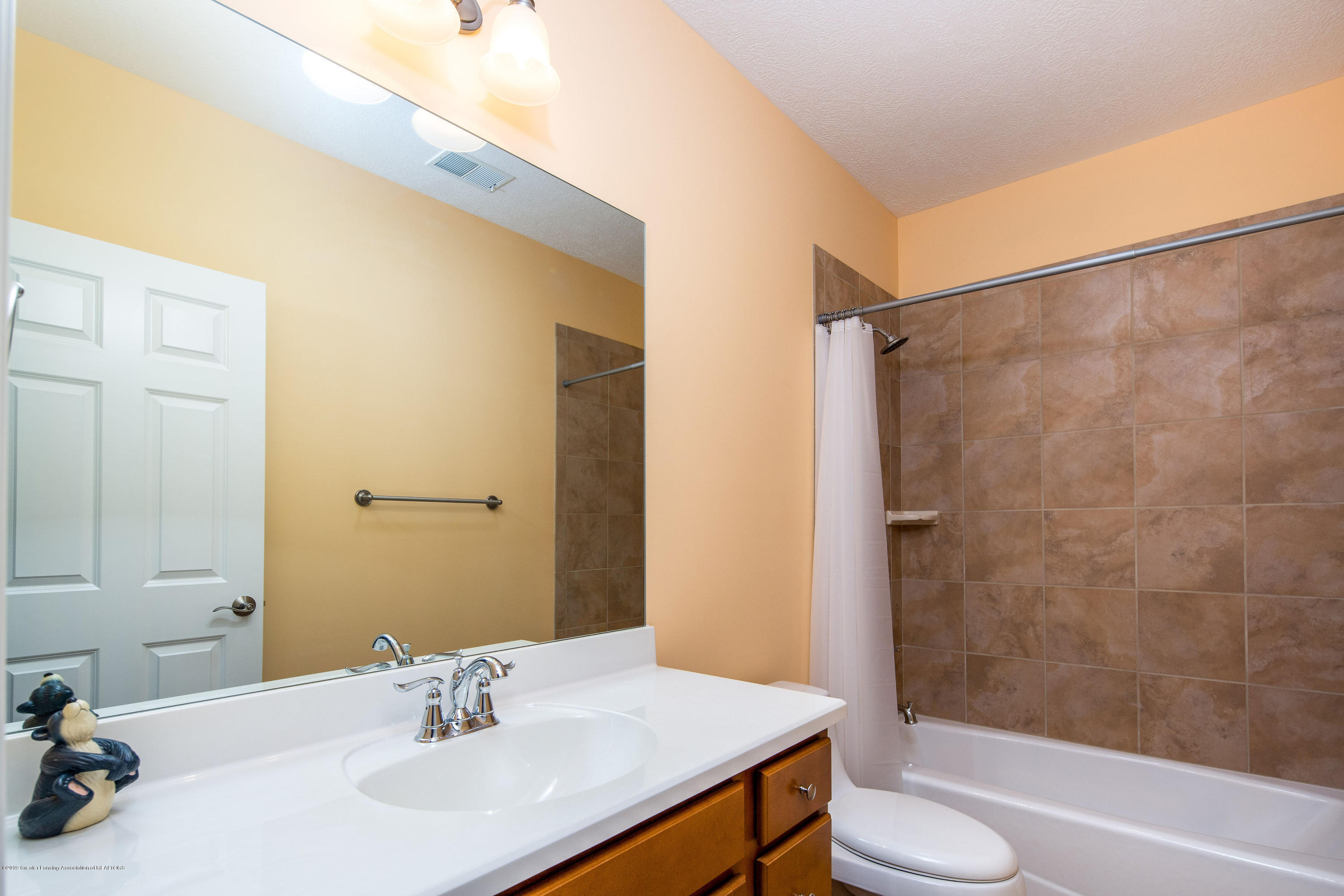 6257 Mereford Ct - 20190426-942A2694-Edit - 22