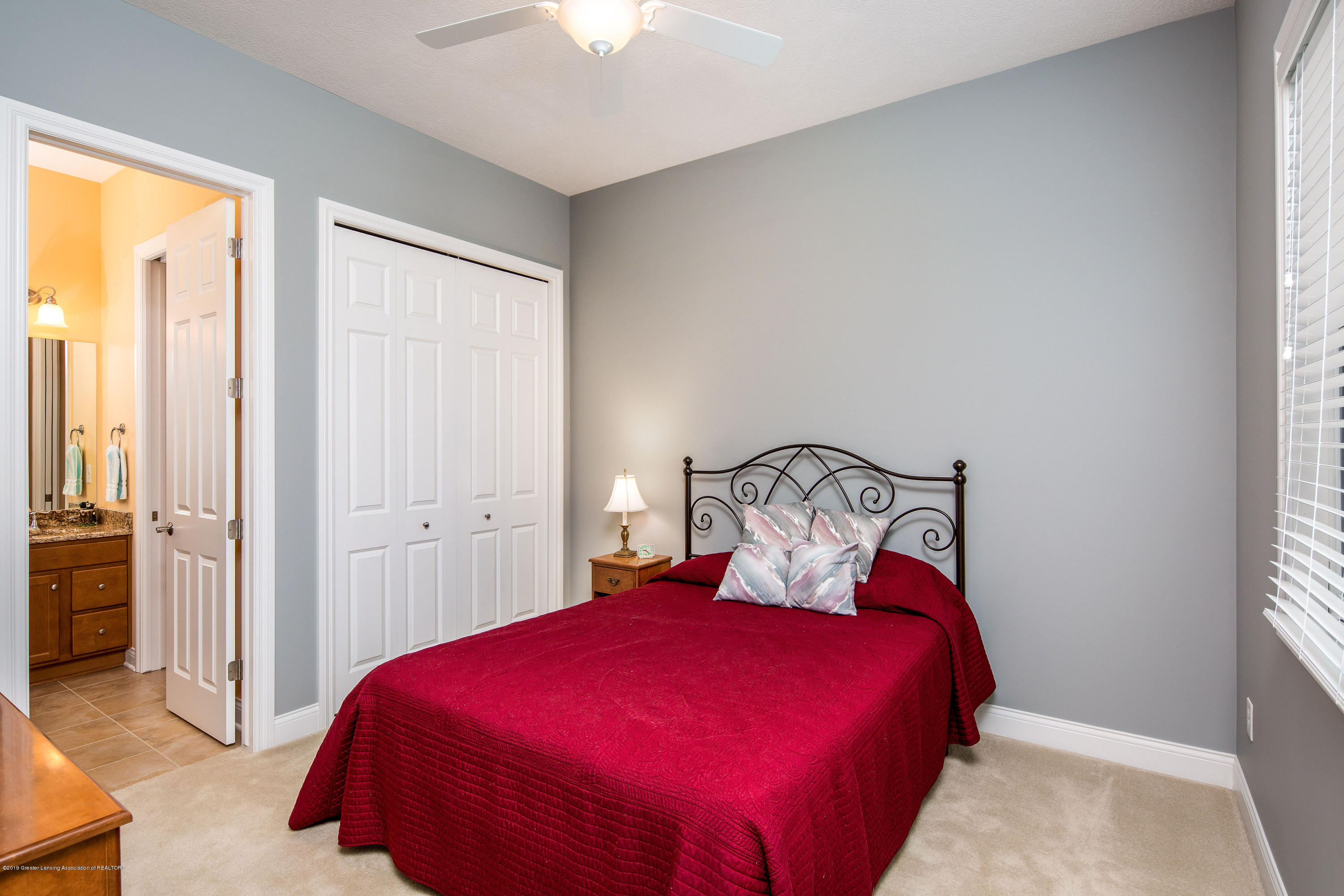 6257 Mereford Ct - 20190426-942A2711-Edit - 23