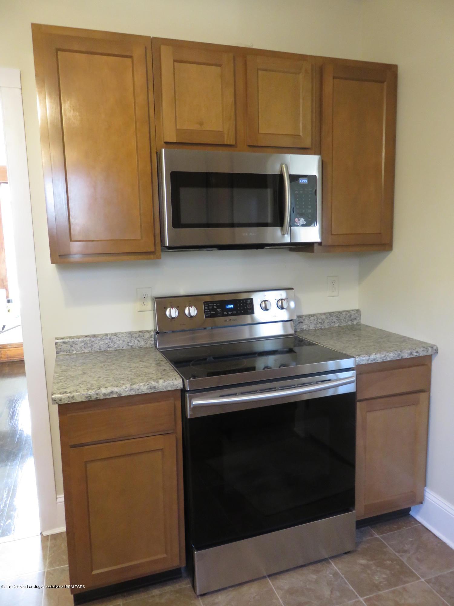 1201 Princeton Ave - Kitchen - 9