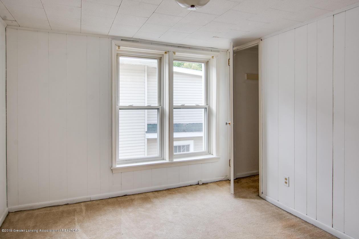 337 N Fairview Ave - 016-337 N Fairview Lansing -Medium - 15