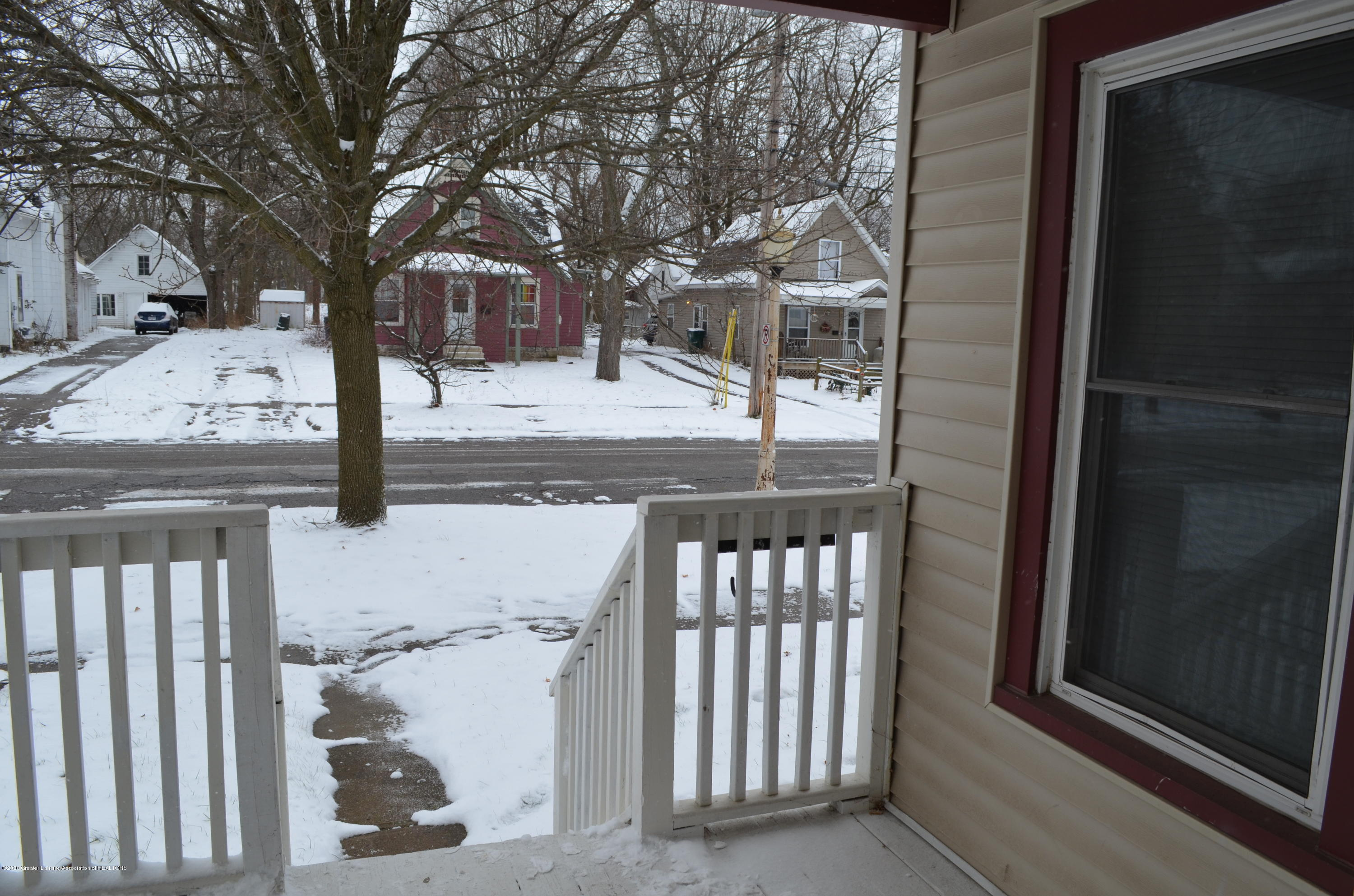 1222 W Ionia St - View - 6