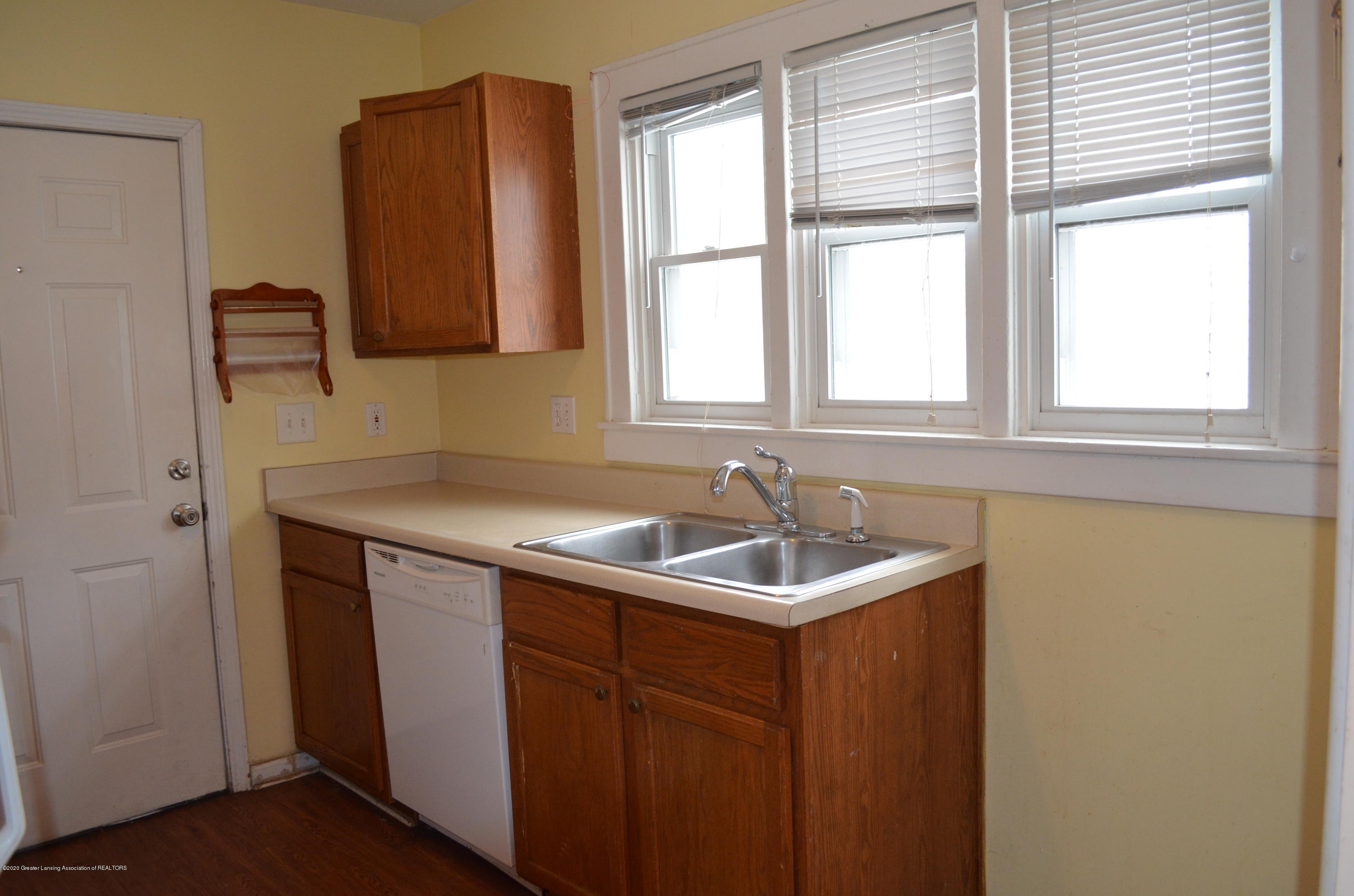 1222 W Ionia St - Kitchen - 18