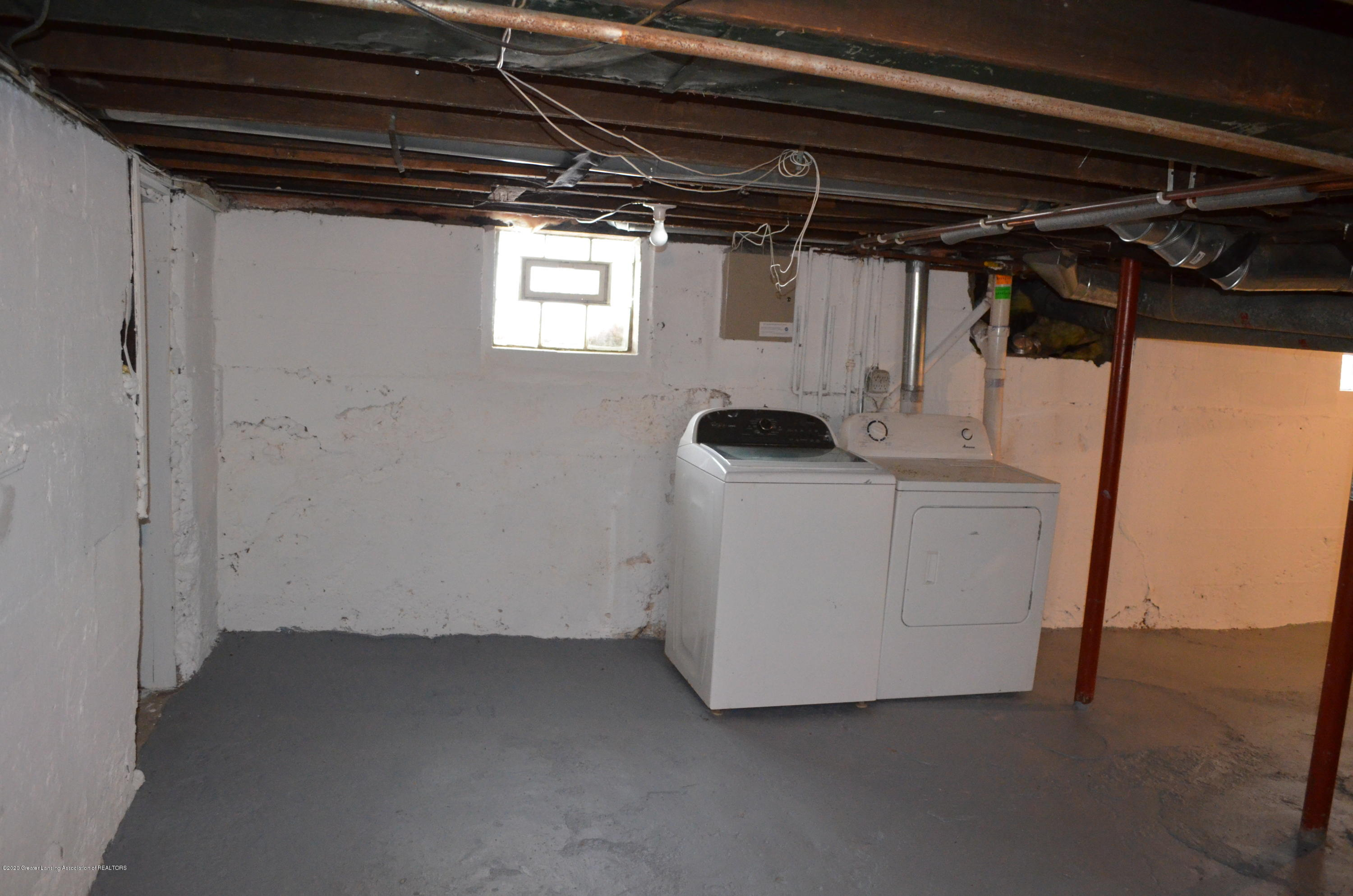 1222 W Ionia St - Washer/Dryer - 33