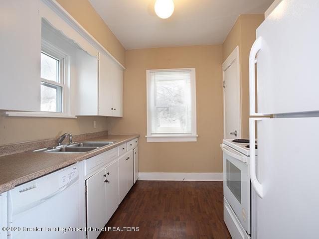 1108 Hapeman St - kitchen1_49296754983_o - 6