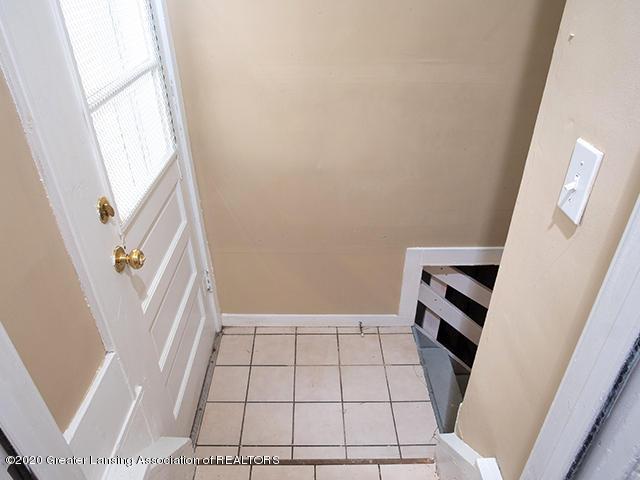 1108 Hapeman St - basement_stairway_49296755243_o - 20