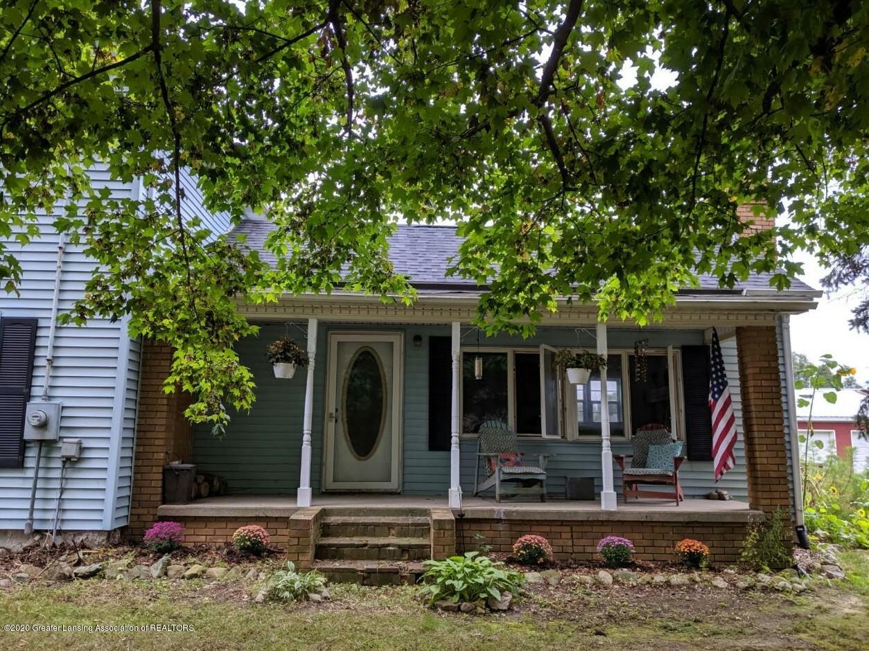 10091 Pioneer Rd - Front of home - 1