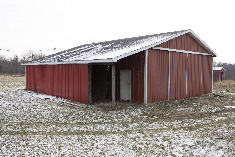 10091 Pioneer Rd - Barn 1 - 21