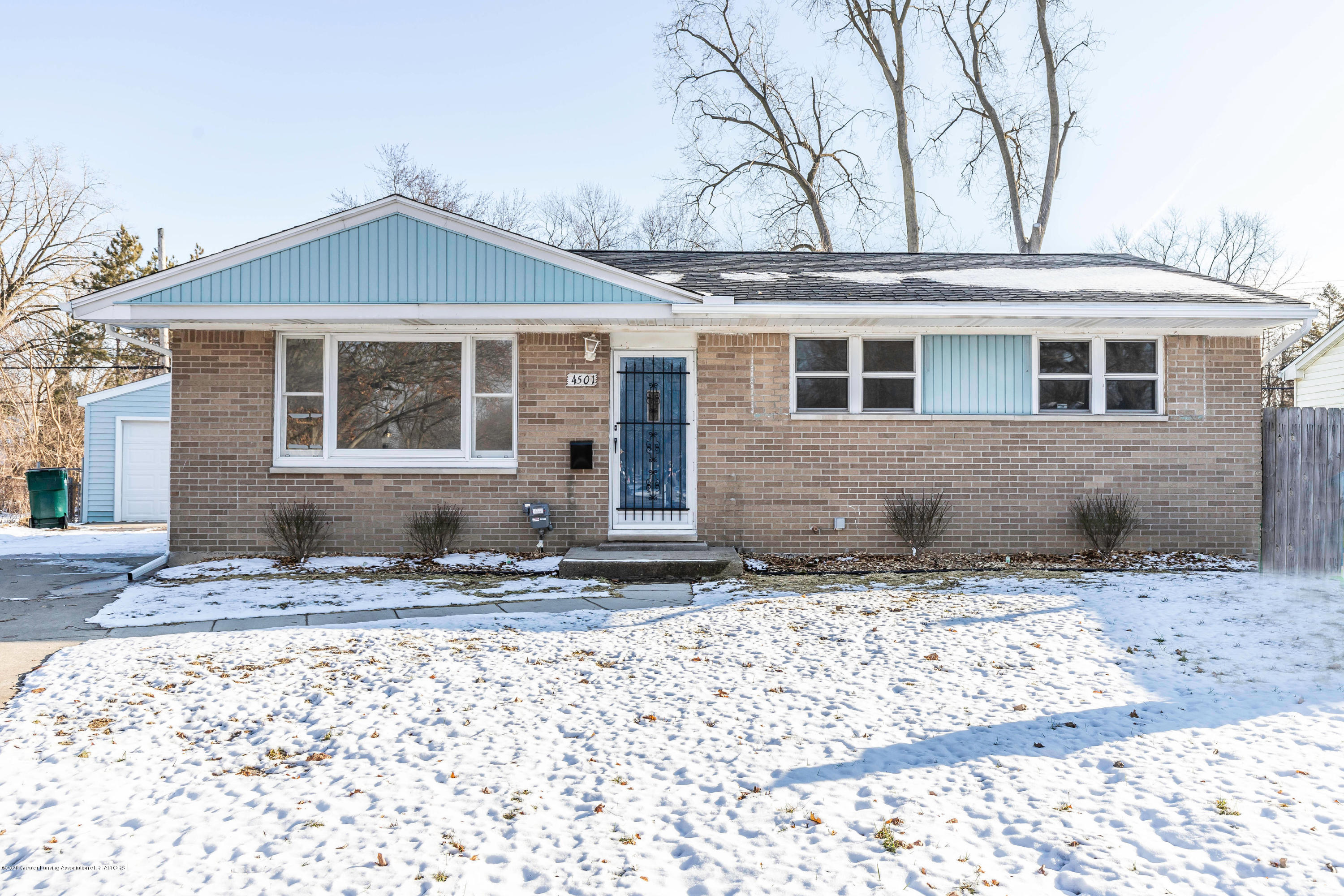 4501 Wainwright Ave - wainfront - 1