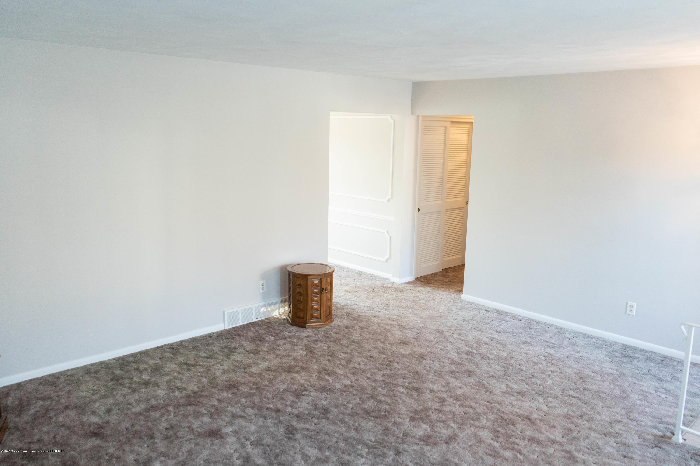 4171 Driftwood Dr - Living Room - 9
