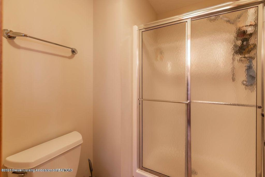 3150 Crofton Dr - Master shower - 35
