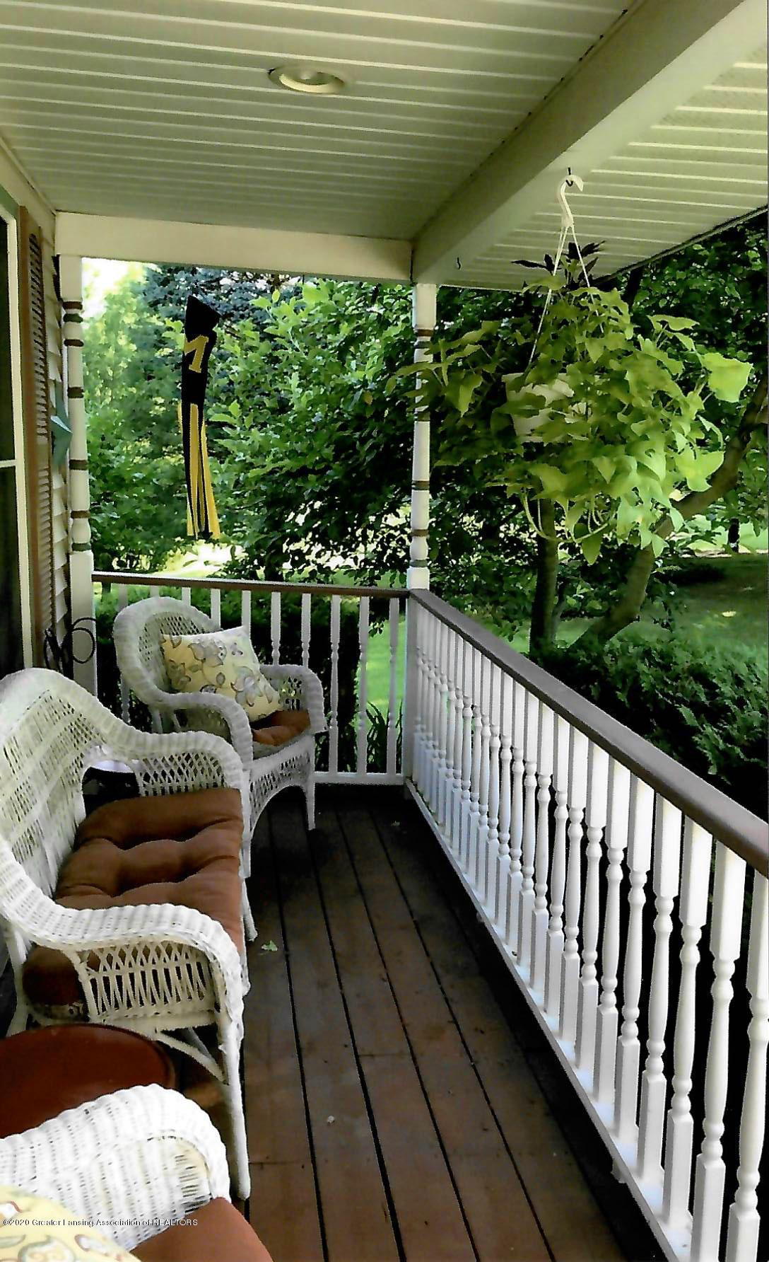 13721 E Kathleen Ln - porch - 15