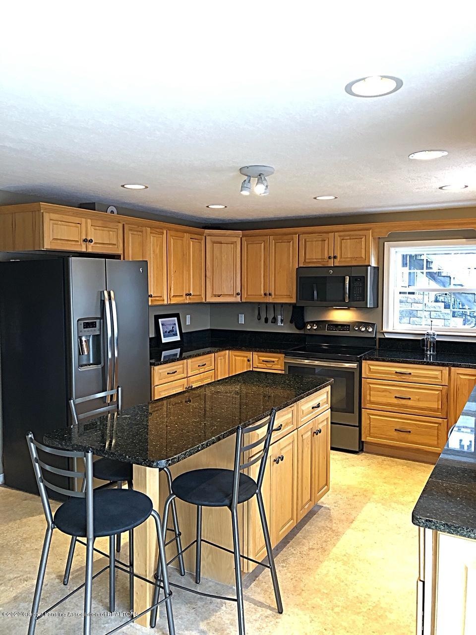 5910 Hickory Hill Dr - kitchen - 3