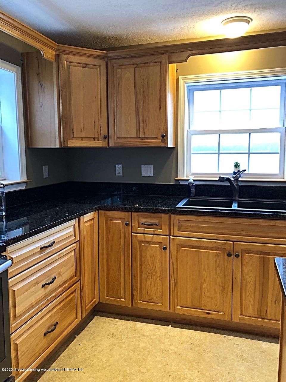 5910 Hickory Hill Dr - kitchen - 5