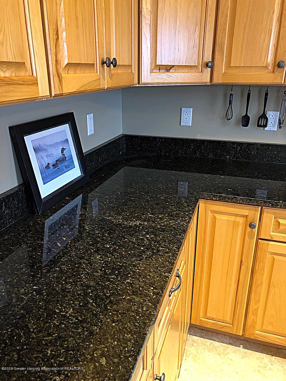 5910 Hickory Hill Dr - kitchen - 6