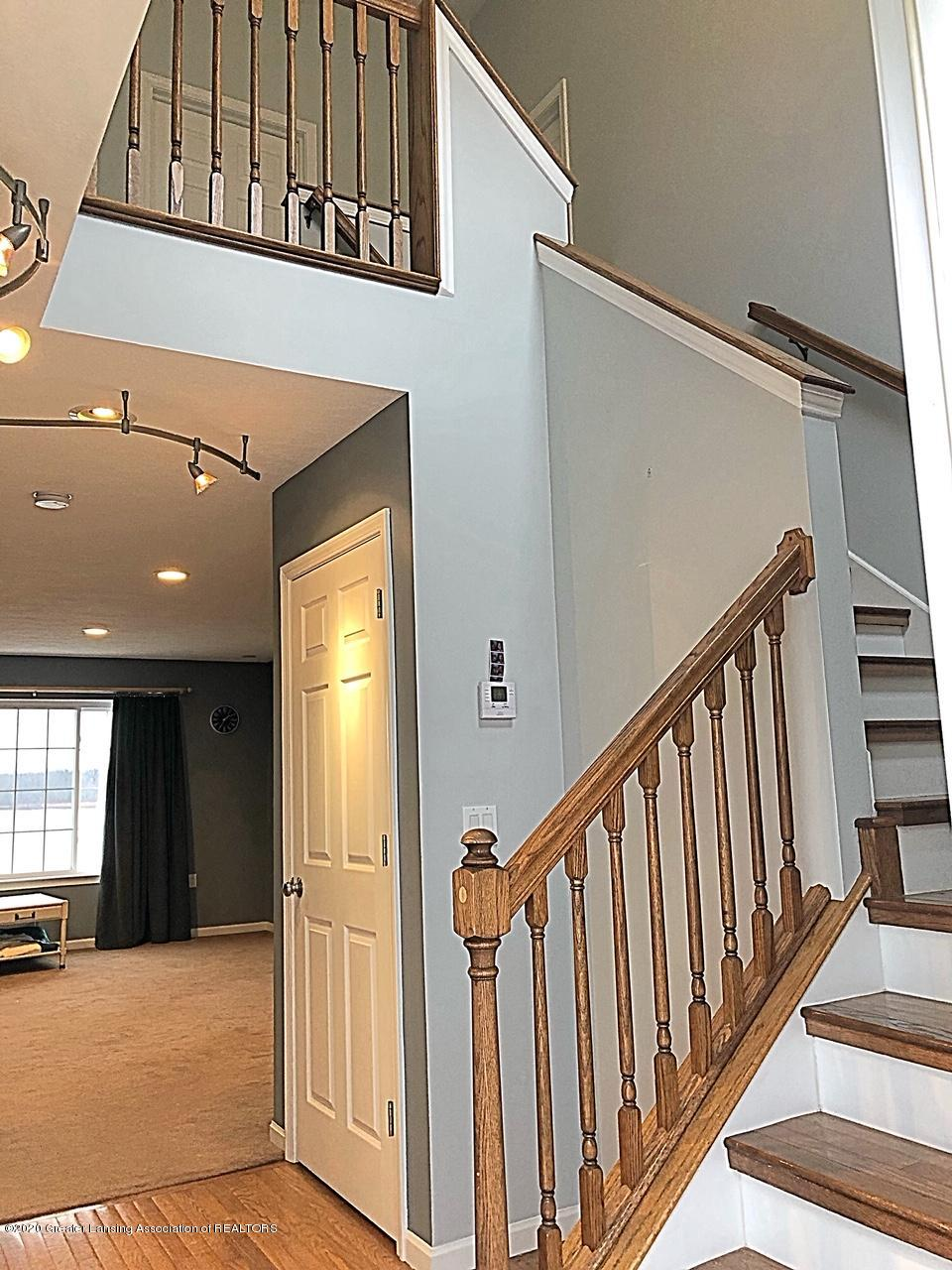 5910 Hickory Hill Dr - foyer - 17