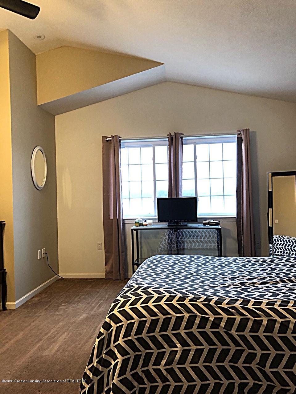 5910 Hickory Hill Dr - master room - 24