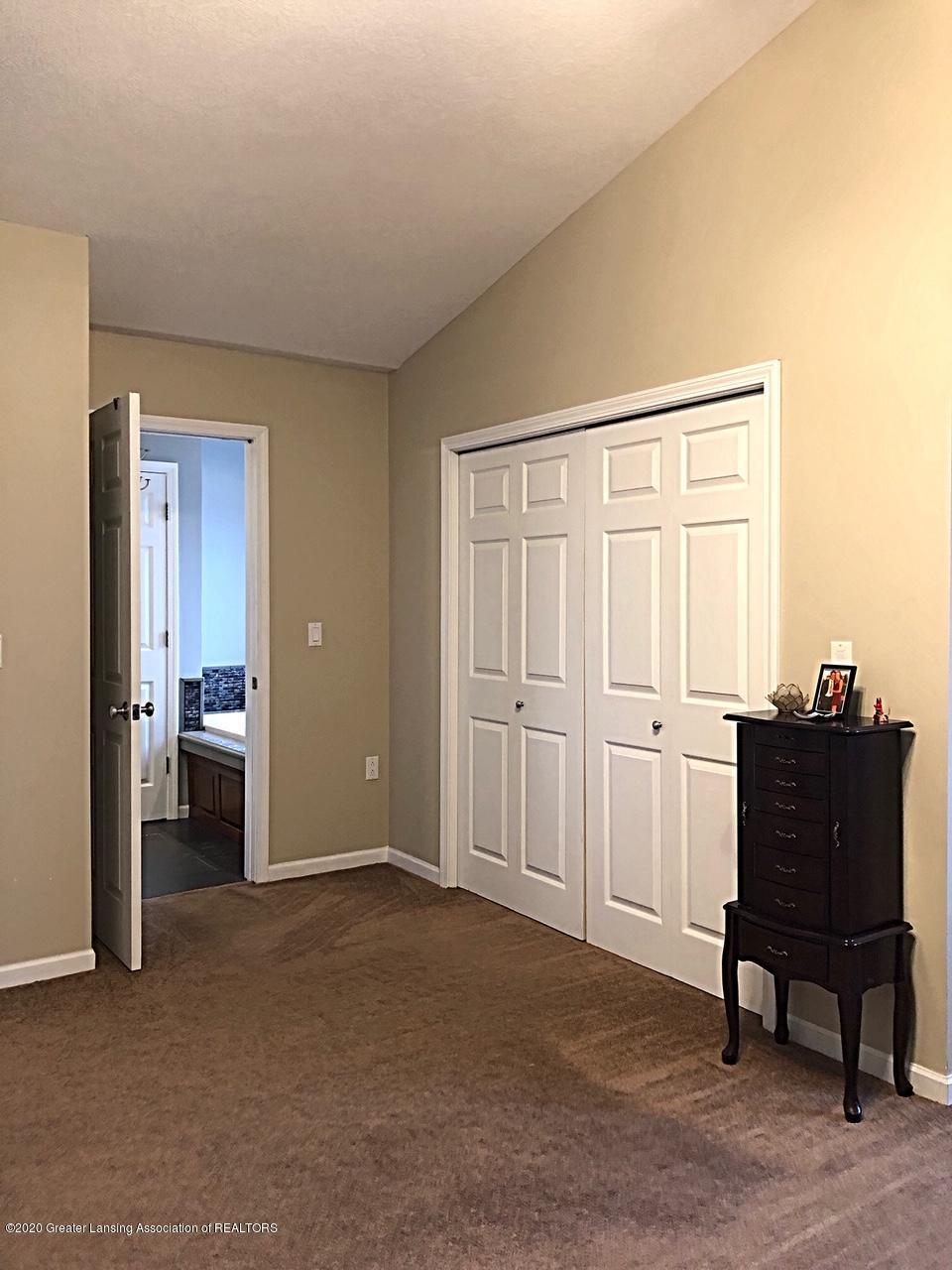 5910 Hickory Hill Dr - master room - 25
