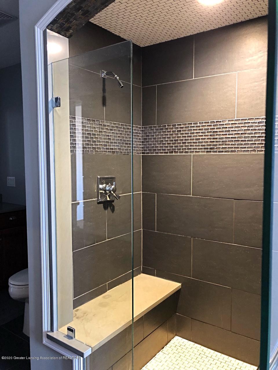 5910 Hickory Hill Dr - master bath - 28