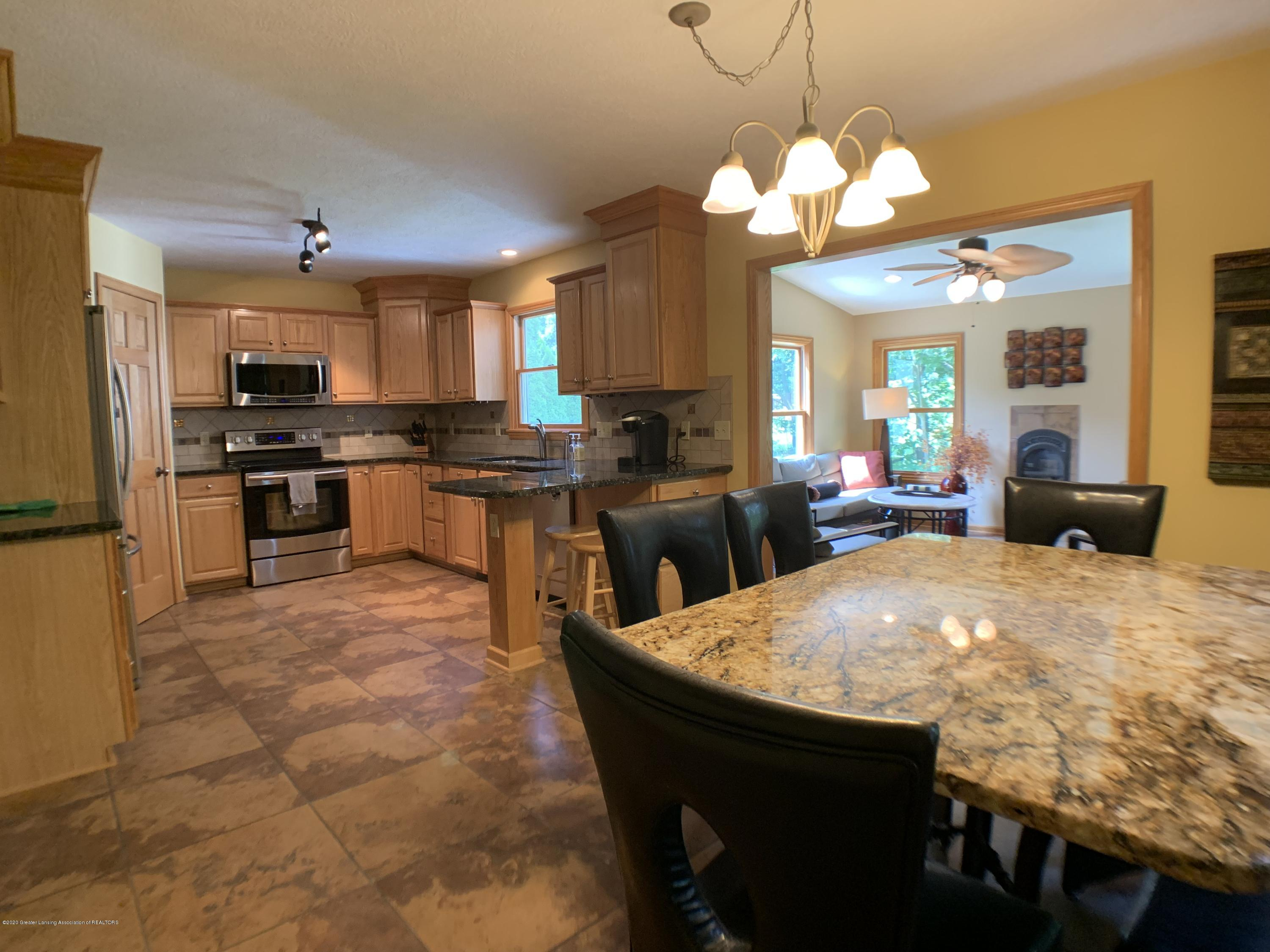 3150 Crofton Dr - Kitchen - 11