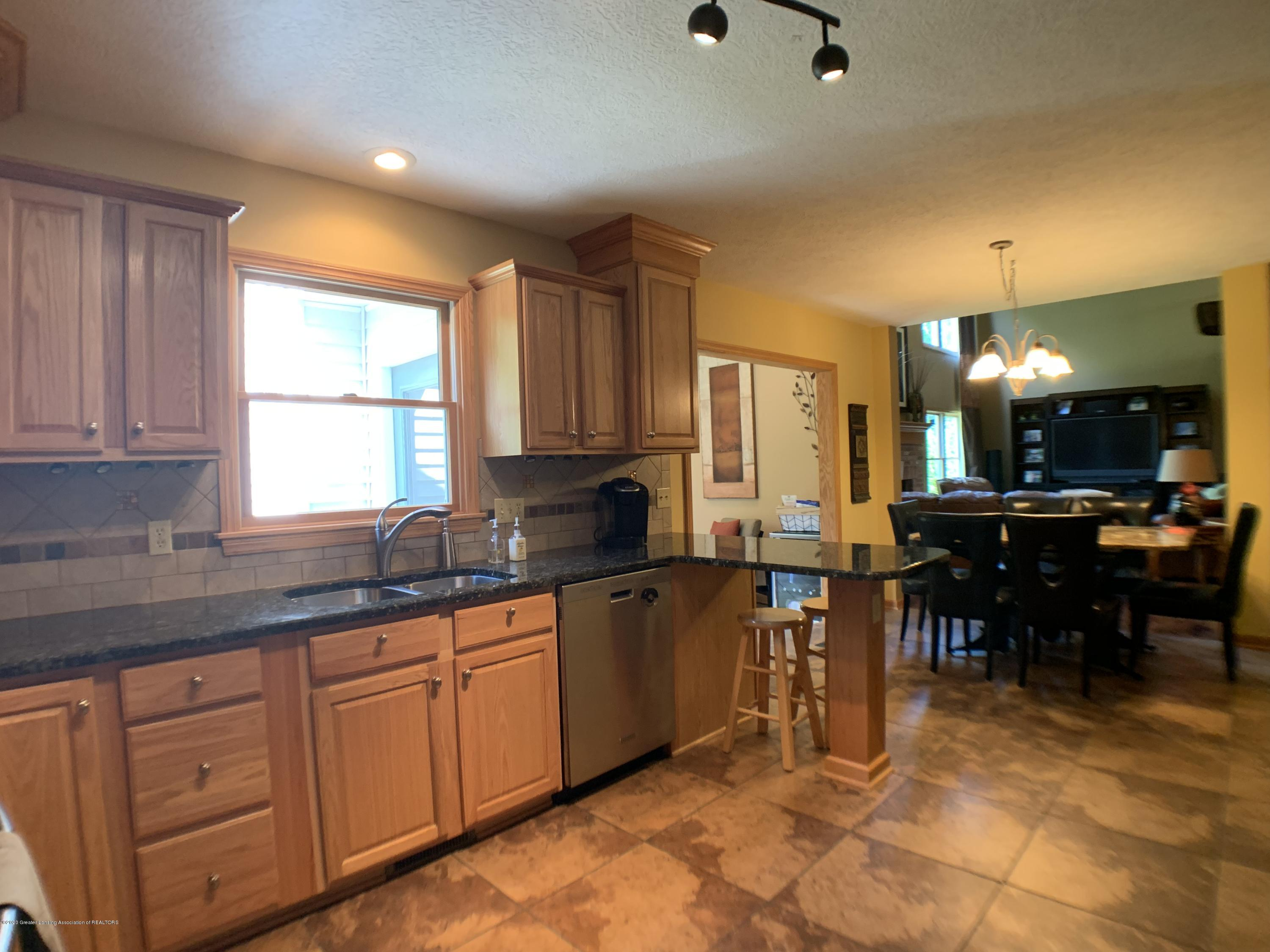 3150 Crofton Dr - Kitchen - 13