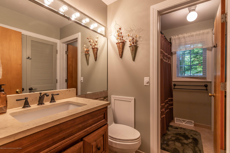 4913 Sugarbush Ln - Bathroom - 25