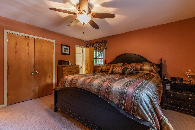 4913 Sugarbush Ln - Bedroom - 20