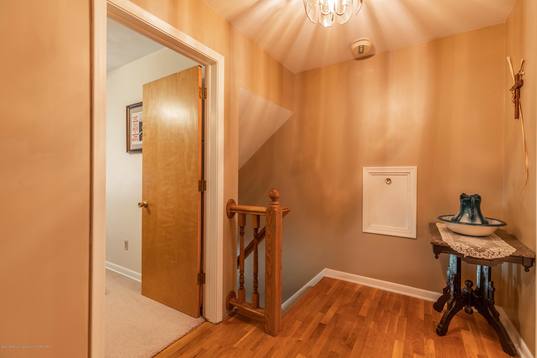 4913 Sugarbush Ln - Upstairs Hallway - 22