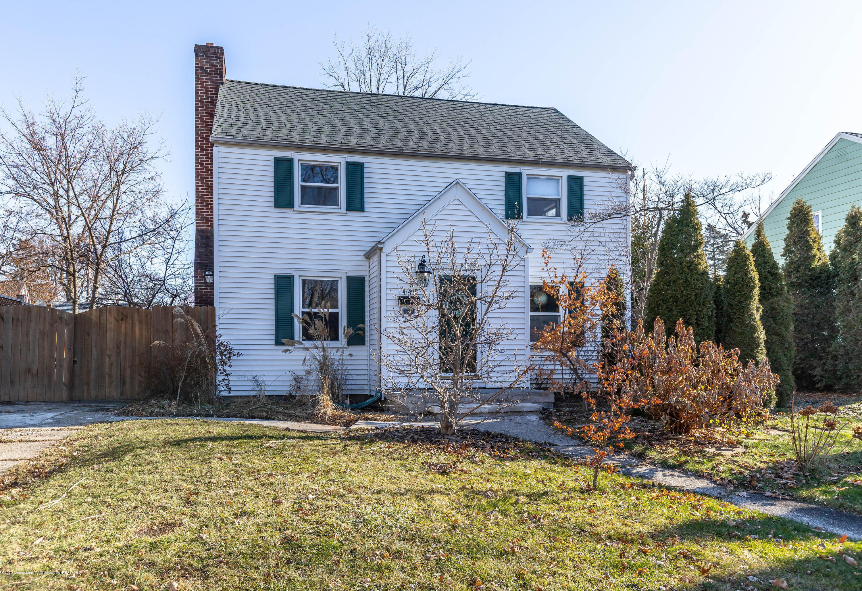 448 Cowley Ave - cowleyfront2 - 2