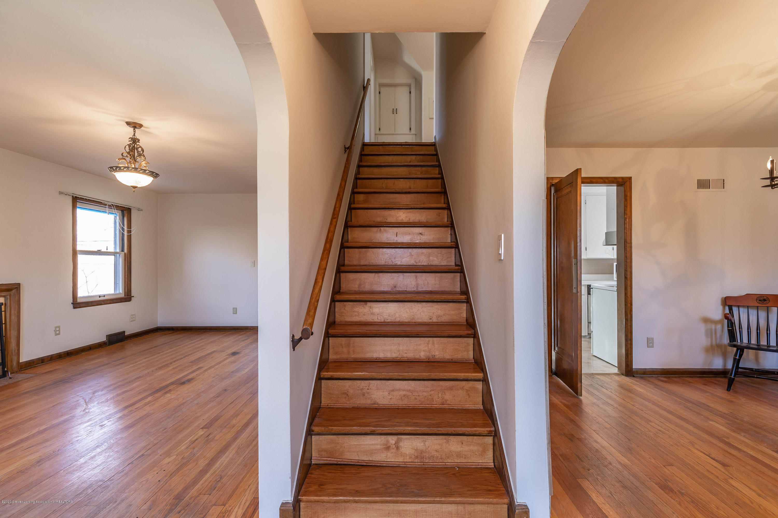 448 Cowley Ave - cowleystairs - 6
