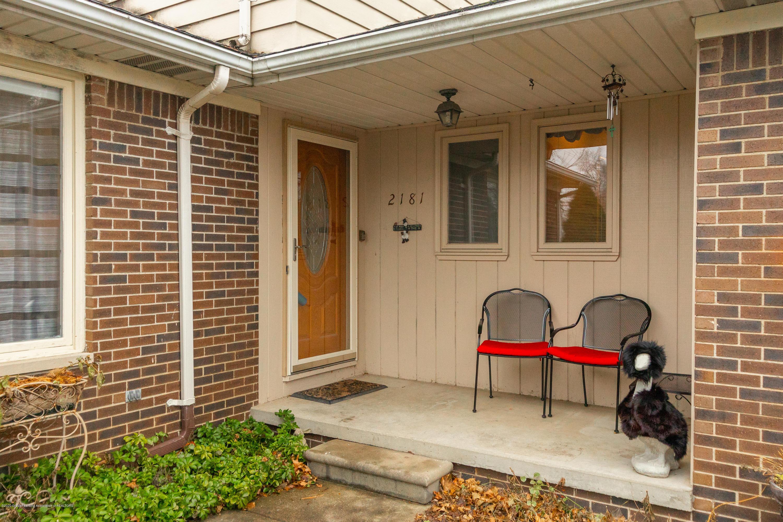2181 Riverwood Dr - Front Entrance - 4