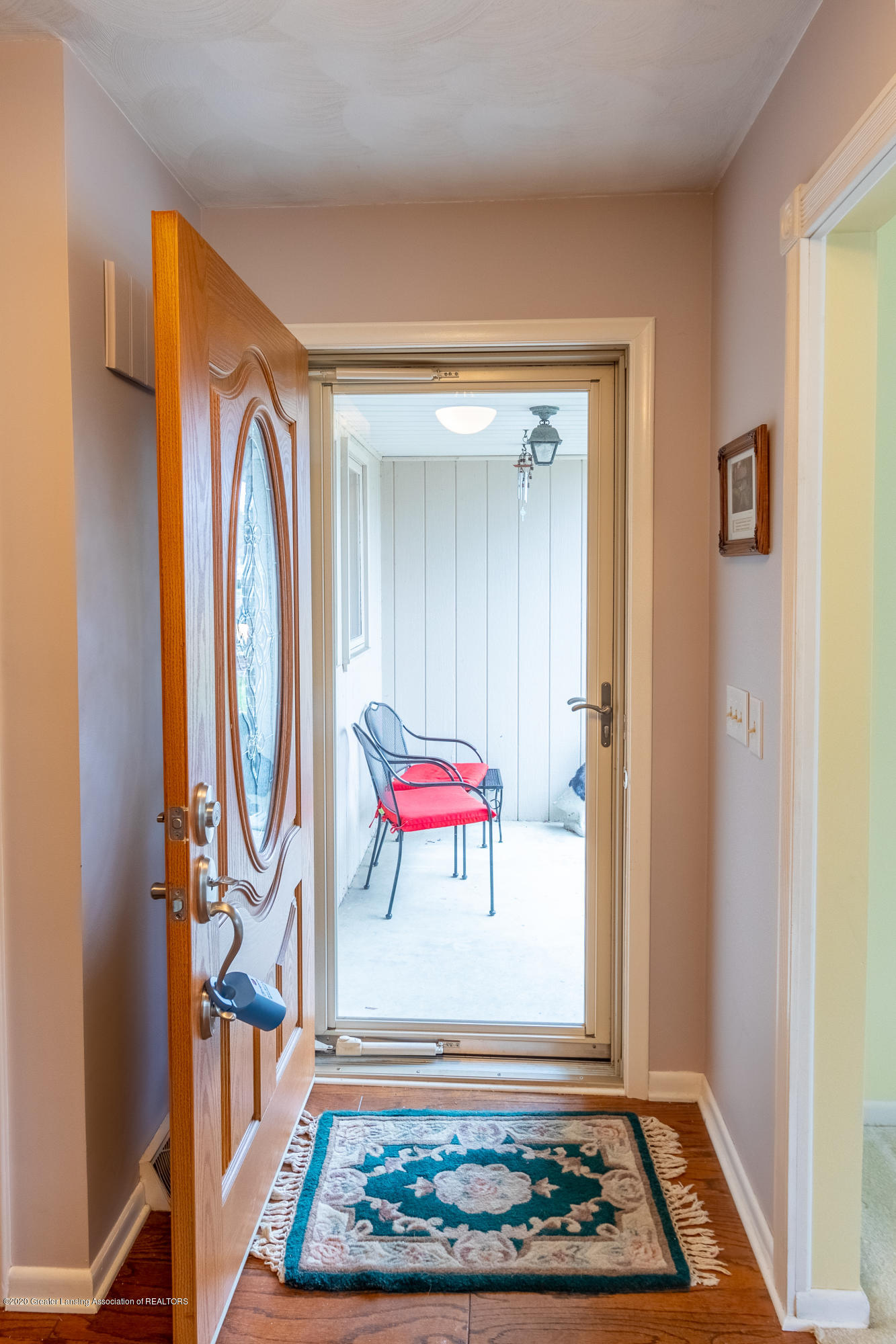 2181 Riverwood Dr - Front Entrance - 8