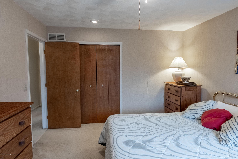 2181 Riverwood Dr - Bedroom 1 - 33