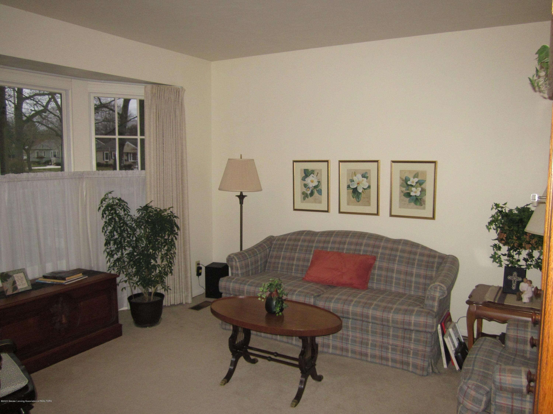 1418 Loraine Ave - Living Room - 2