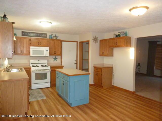4482 E Clinton Trail - Kitchen1 - 8