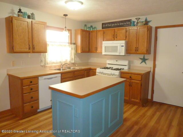 4482 E Clinton Trail - Kitchen2 - 9