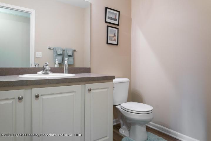 14199 Mulholland Dr - bathroom - 17