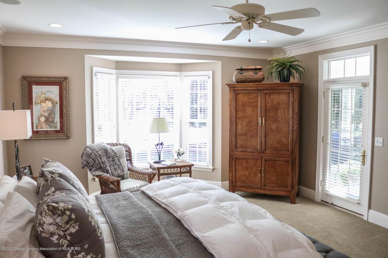 6090 Standish Ct - Master Bedroom - 43