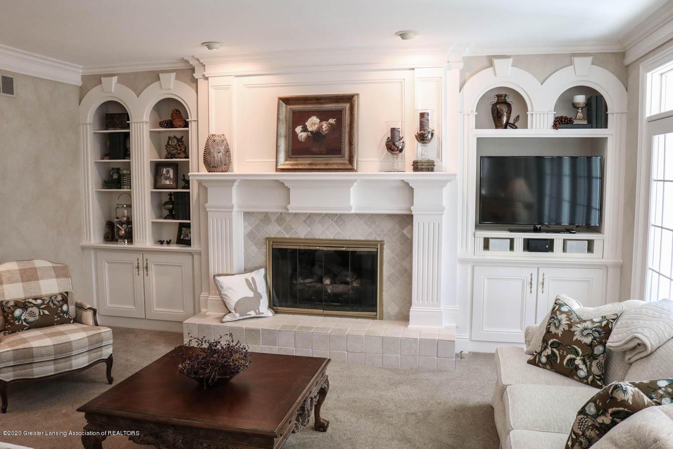 6090 Standish Ct - Living Room - 10