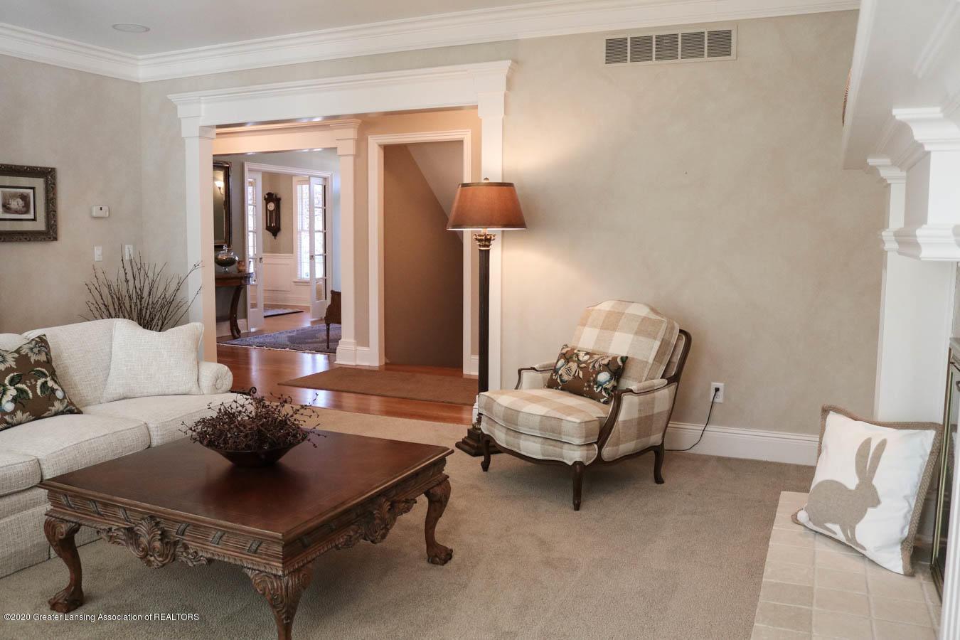 6090 Standish Ct - Living Room - 14
